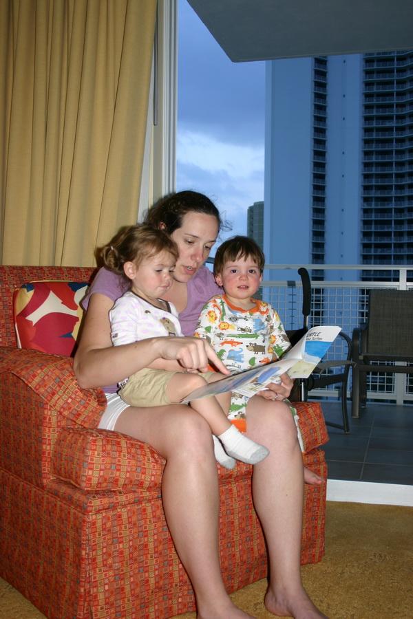 Zoe & Graham reading to Kate